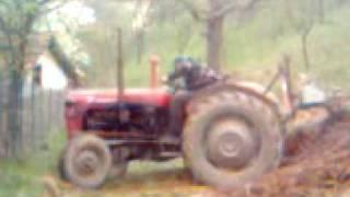 getlinkyoutube.com-Nesreca na traktoru!!!