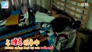 getlinkyoutube.com-[Vietsub] Đột kích kí túc xá - Tiểu Khải lộ hình ảnh ngủ không mặc quần =)))) 06.08.15