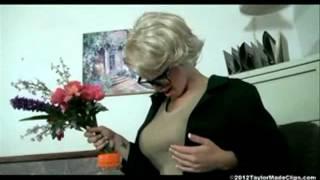getlinkyoutube.com-Breast Expansion of Hot Blonde