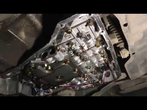 Замена масла в АКПП. Nissan Sunny 14. 1998 г.