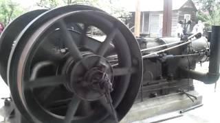 getlinkyoutube.com-100 hp Chicago Pneumatic Diesel hit and miss flywheel engine