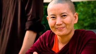 getlinkyoutube.com-Om Tare Tuttare - Ani Choying Dolma