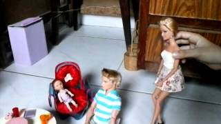 "getlinkyoutube.com-Novela Barbie primeiro capitulo"" A casa da Alicia"""