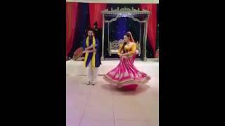 getlinkyoutube.com-Shakar wandaan re mehndi dance  Kanwez weds Ashi