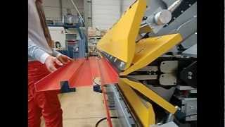 getlinkyoutube.com-Plieuse hydraulique DOUBLE TABLIER H MAX - NESTA Equipement