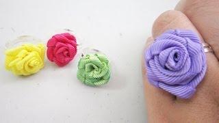 getlinkyoutube.com-Episodio 594 - Mini Fashion DIY  Cómo hacer un anillo de rosas de listón - manualidadesconninos