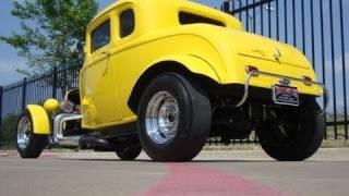 getlinkyoutube.com-Deuce Coupe American Graffiti Tribute Hot Rod ACTION