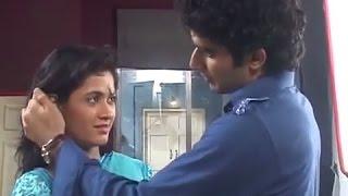 Tu Mera Hero : Lovers Titu & Panchi's kissing scene width=