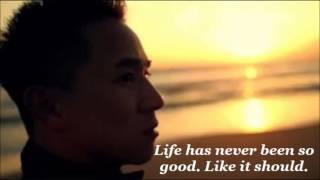 getlinkyoutube.com-Live It Up - Jason Chen Lyrics On Screen