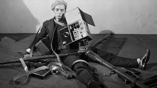 getlinkyoutube.com-Buster Keaton & Edward Sedgwick: The Cameraman (1928)
