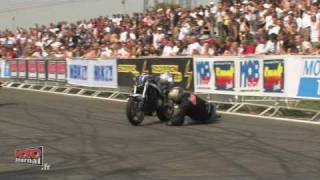 getlinkyoutube.com-Embrouille au Stunt Bike Show