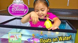 getlinkyoutube.com-CUTE DISNEY PRINCESS Little Kingdom Dolls Float on Water Opening - Rapunzel Belle Toy Figures Swim