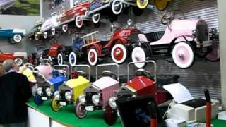 getlinkyoutube.com-syoT Metal Pedal Cars - Nuremberg Toy Fair