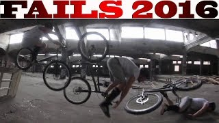 getlinkyoutube.com-Trial Fail Compilation 2016 - Fails Crashes