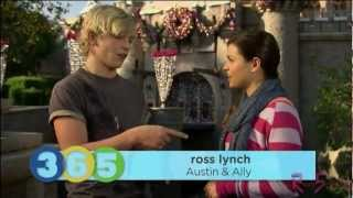 getlinkyoutube.com-Disney 365 - Ross Lynch, Bella Thorne & Olivia Holt Disney Parks Christmas Day Parade