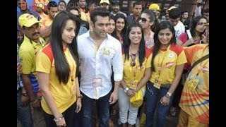 getlinkyoutube.com-Check Out - Salman Khan, Shruti Hassan, Daisy Shah & Celebs at CCL Match