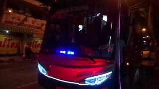 getlinkyoutube.com-BISA NYANYI !! Bus Restu Panda berstrobo & Telolet lagu dikejar para maniak.