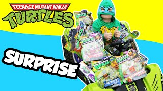 getlinkyoutube.com-GIANT TEENAGE MUTANT NINJA TURTLES Surprise + TMNT Blind Bags and Surprise Toys in Power Wheel Car