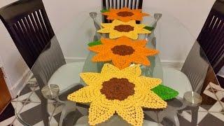 getlinkyoutube.com-🌻Girasoles en crochet #1🌻para camino de mesa