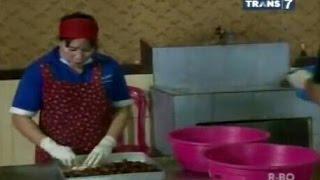 getlinkyoutube.com-Jejak si Gundul - keripik Gadung, Halua Kenari, Gula Semut, Minyak Kelapa & Perkedil daun Ubi