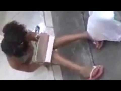 Menina ganha tijolo ao invés de tablet  Noticiaquente