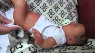 getlinkyoutube.com-Silicone baby Oliver's night routine