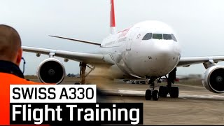 getlinkyoutube.com-SWISS Pilot Training Airbus A330-200 (Cockpit, Jumpseat)