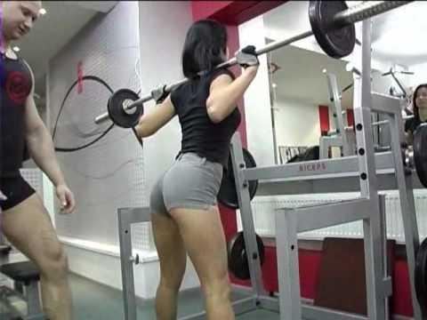 Методика тренировок для девушек, как накачать ноги