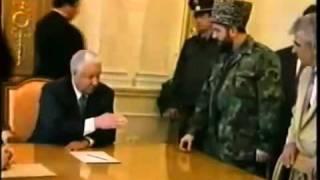 getlinkyoutube.com-رئيس الشيشان يرغم الرئيس الروسي على تغيير مكانه