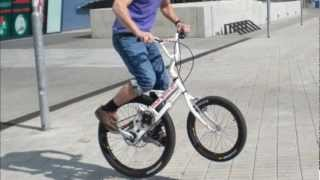 getlinkyoutube.com-Stehräder / Stand-Up Stepbikes (1)