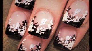 getlinkyoutube.com-Black and White Flower Nails | DIY Easy Daisy Nail Art Design