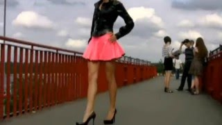 getlinkyoutube.com-blond Girl in black latex blouse and pink latex Skirt