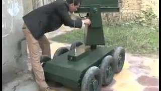 getlinkyoutube.com-شاب عراقي يخترع روبوت لمقاتلة الإرهاب Iraqi built Robot to fight ISIS