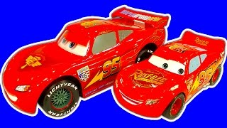 getlinkyoutube.com-Disney Cars Collection 2 Crash Drifting RC Lightning McQueen, Cars2 Raceway, Lego & BRUM