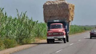 getlinkyoutube.com-nador-zaio maroc-taxi taxi pipiiipppp