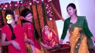 getlinkyoutube.com-Bangladesi Wedding and Holud (Tanzil + Shimu)