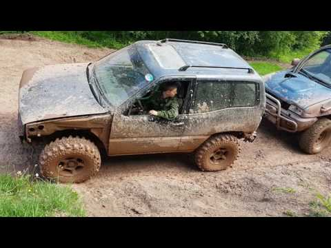 Nissan Terrano vs Nissan Terrano без тормозов ohne Bremse Mammutpark Offroad