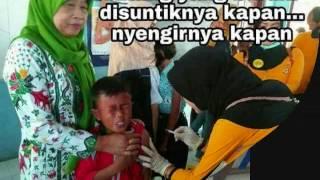Meme Ekpresi dan Reaksi Lucu Anak yang Takut di Suntik Imunisasi Bikin NGAKAK