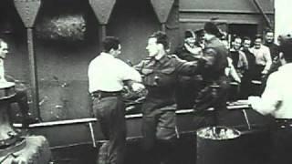 getlinkyoutube.com-Castle Films British Commandos Strike Vaagso & Maaloy