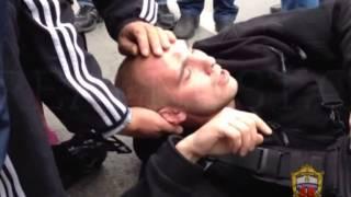 getlinkyoutube.com-задержание дикого дага Магомеда Расулова, напавшего на полицейского
