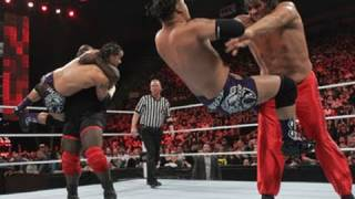 Raw: Mark Henry & The Great Khali vs. The Usos