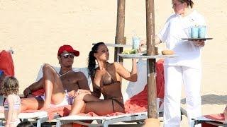 getlinkyoutube.com-クリスティアーノ・ロナウドの妻が語る二人の夫婦生活。愛に感動【FIFAW杯を2倍楽しむ】