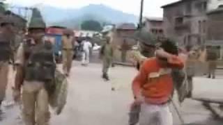 getlinkyoutube.com-indian army attacked innocent kashmiris
