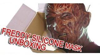 getlinkyoutube.com-Freddy Krueger Silicone mask Darkride Studios UNBOXING