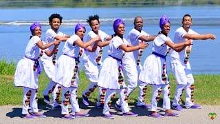 getlinkyoutube.com-Kalkidan Meshesha - Gela - (Official Video) - EthioOneLove