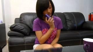 乱打电话认识女子 Know girls by calling random numbers