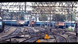 getlinkyoutube.com-Epic PENTA parallel action departing from HOWRAH : Indian Railways