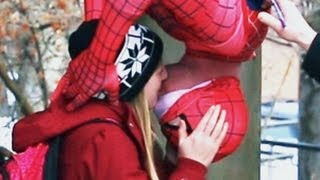 getlinkyoutube.com-HOW TO DO THE SPIDERMAN KISS
