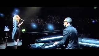 getlinkyoutube.com-Adele Emotional Cry 'Someone like you' Live at the Royal Albert Hall