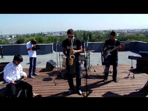 Salt Peanuts - Jazz & National Kyrgyz Instruments